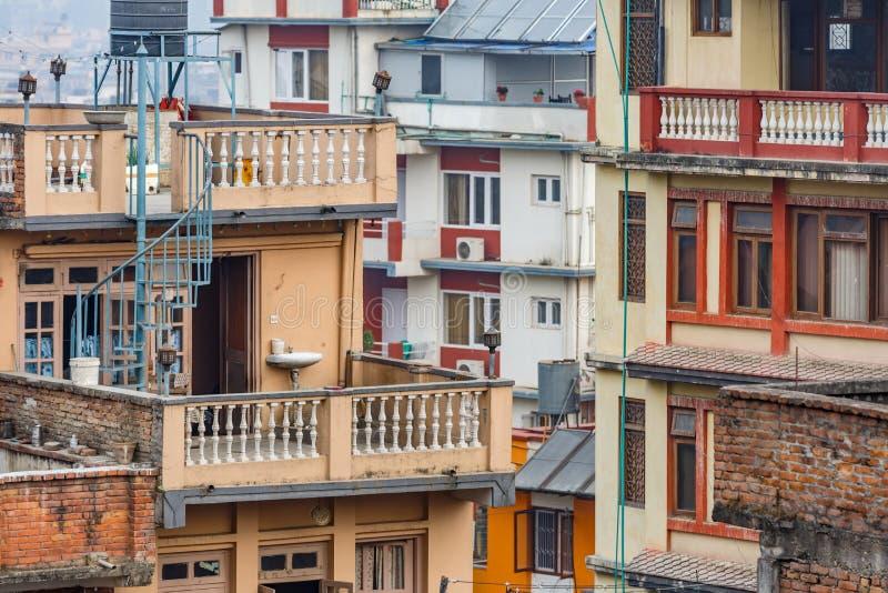 Maisons d'étage à Katmandou photo stock