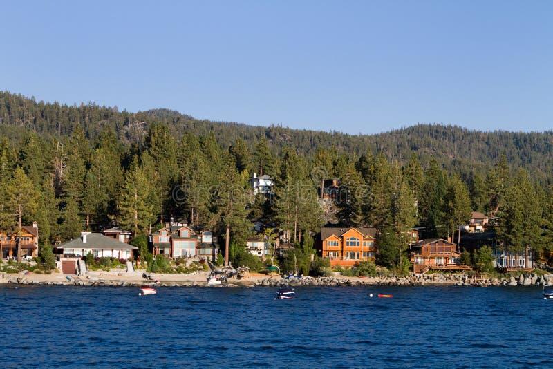 Maisons de bord de mer du lac Tahoe photographie stock libre de droits