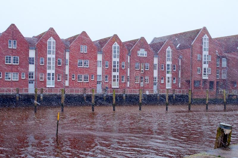 Maisons De Brique Rouge Sur Une Rive La Mer Du Nord Husum