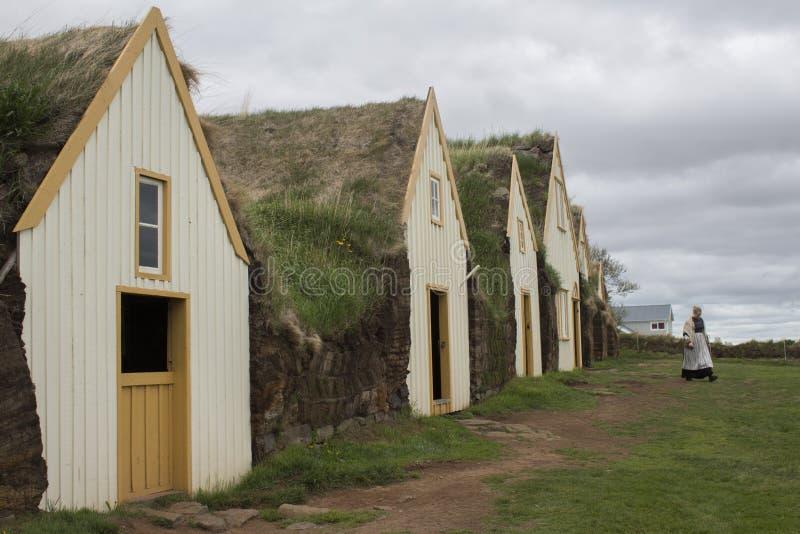 Maisons de gazon chez Glaumbaer en Islande image stock