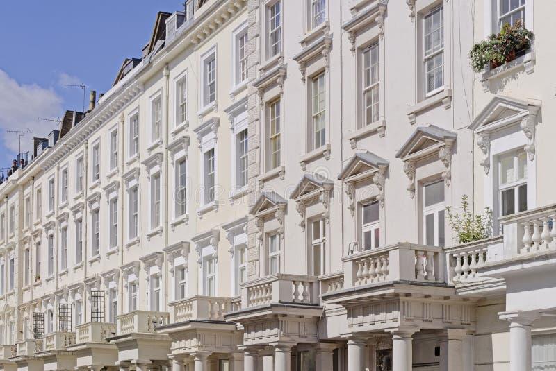 Maisons de ville en terrasse géorgiennes photographie stock