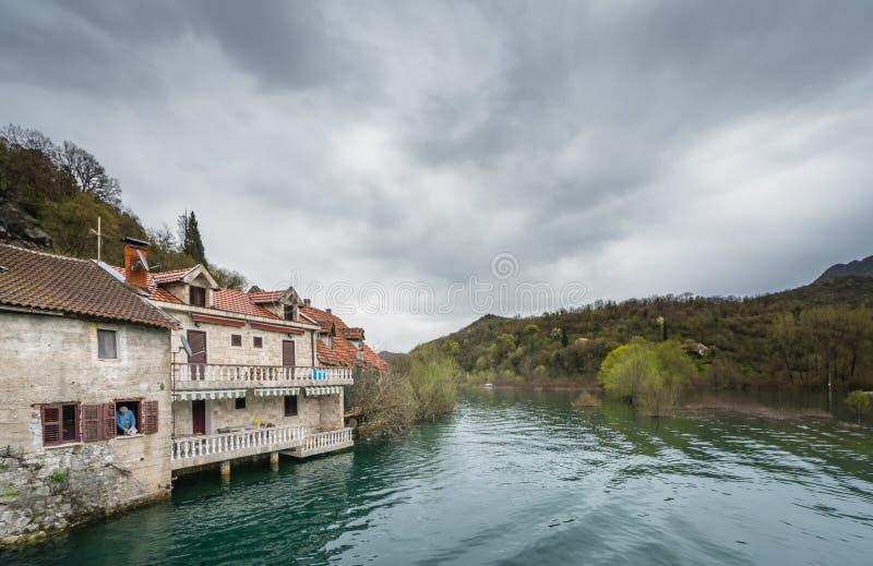 Maisons en parc national de lac Skadar photos libres de droits