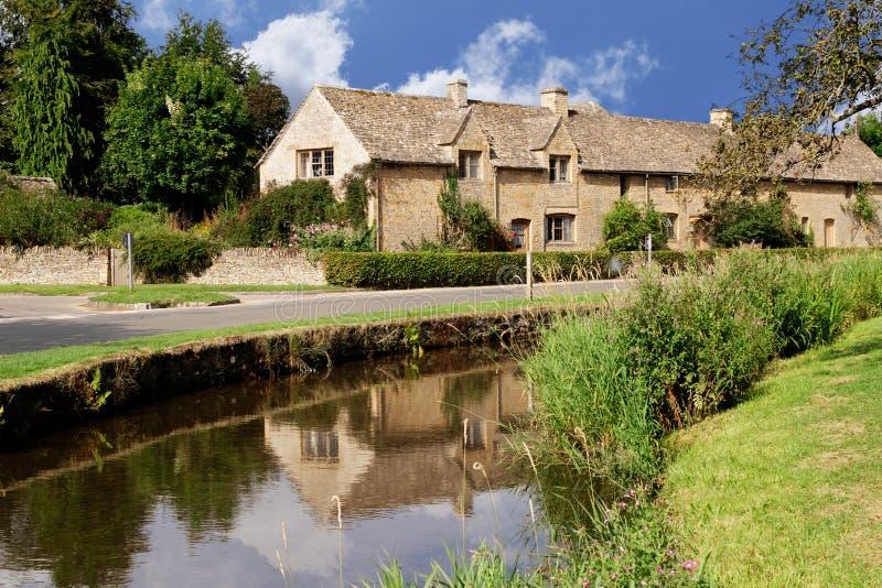 Maisons en pierre de Cotswold photo libre de droits