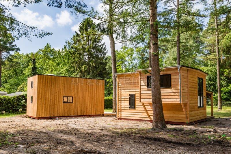 Maisons minuscules en bois néerlandaises images libres de droits