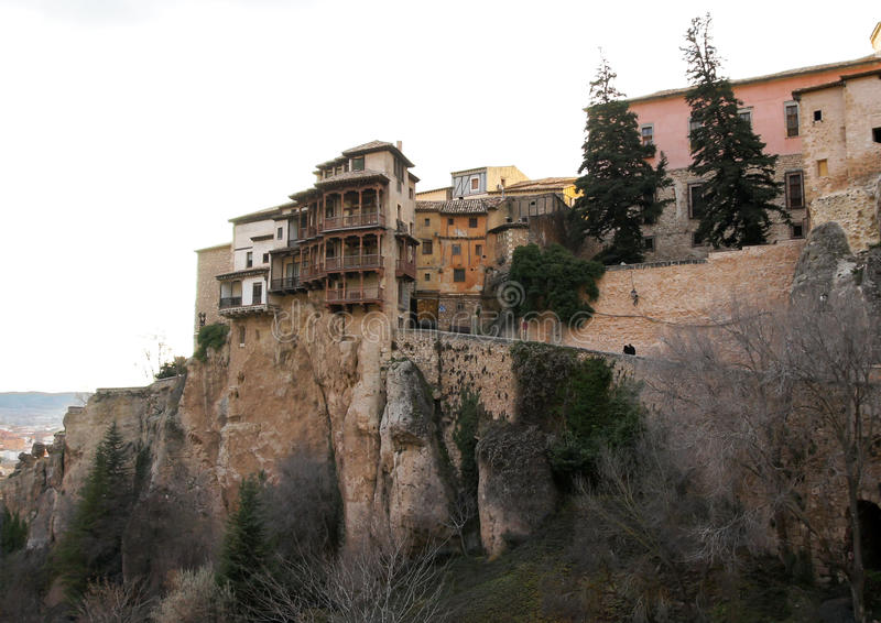 Maisons s'arrêtantes de Cuenca, Espagne images libres de droits