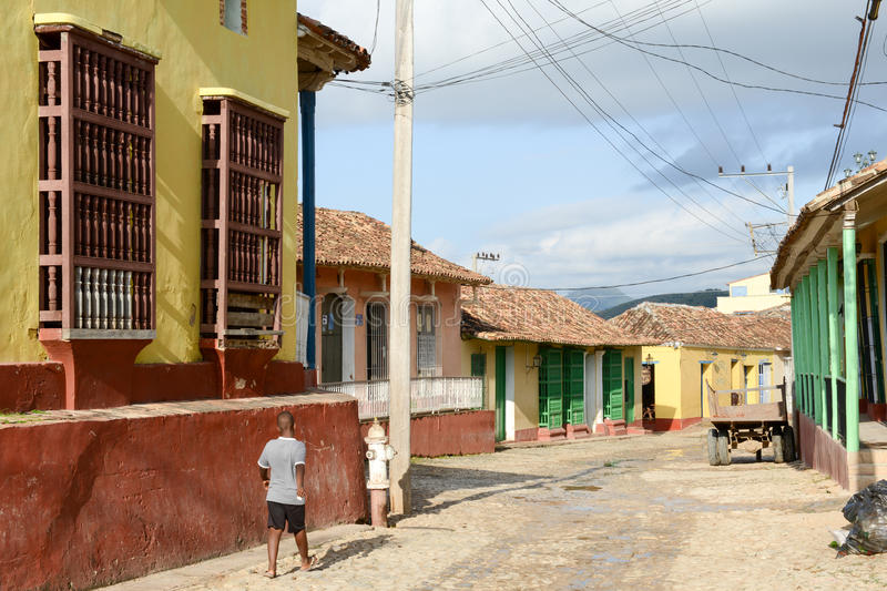 Maisons traditionnelles colorées dans la ville coloniale du Trinidad photos stock