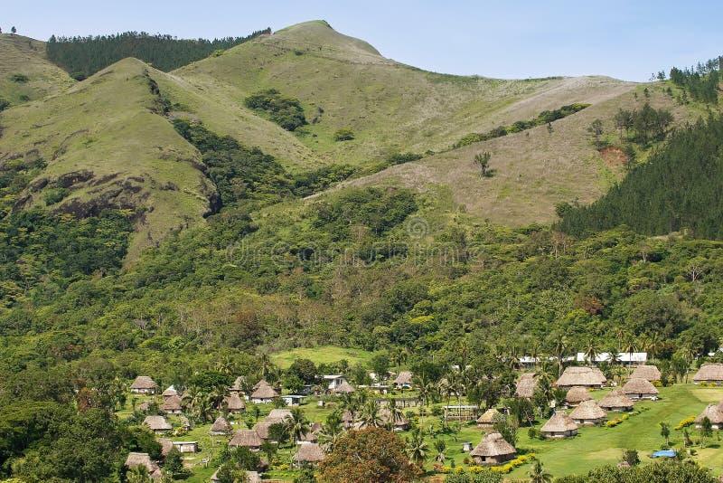 Maisons traditionnelles de village de Navala, Viti Levu, Fidji image libre de droits