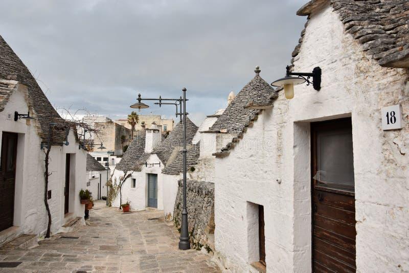Maisons uniques de Trulli d'Alberobello photos stock