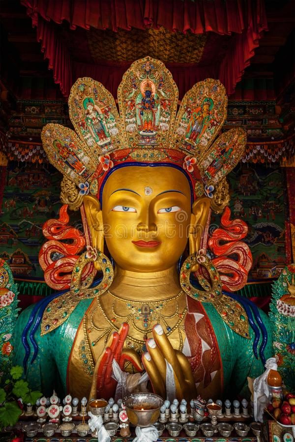 Maitreya Boedha in Thiksey Gompa stock afbeeldingen
