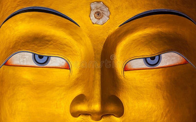 Maitreya Bouddha font face à haut étroit, Ladakh photo libre de droits