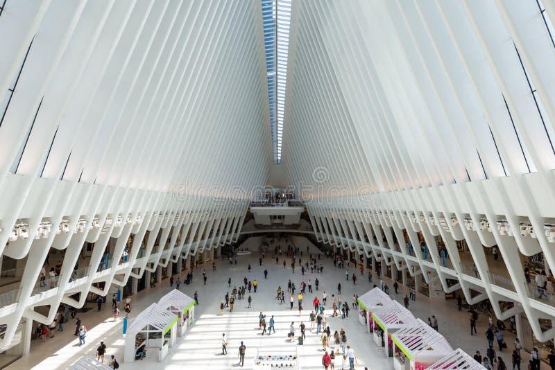Maj 26, 2018 - Nowy Jork, Stany Zjednoczone: Westfield world trade center, Miasto Nowy Jork, Stany Zjednoczone zdjęcie stock