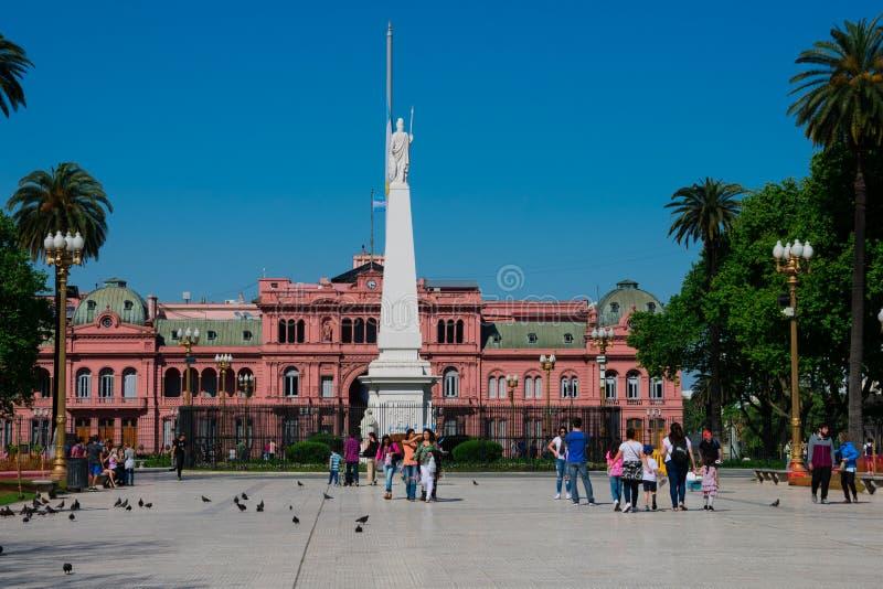 Maj Obciosuje plac de Mayo i Różowego Domowego Casa Rosada zdjęcia royalty free