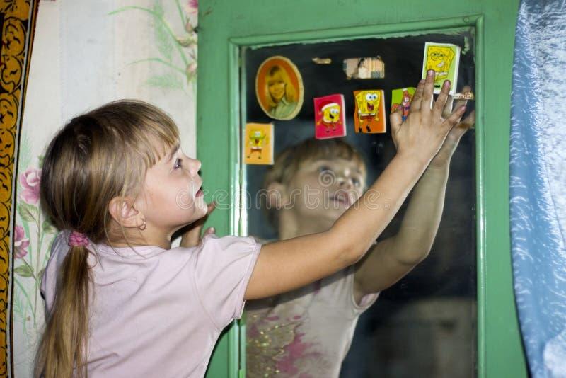 Majchery na lustrze zdjęcie stock