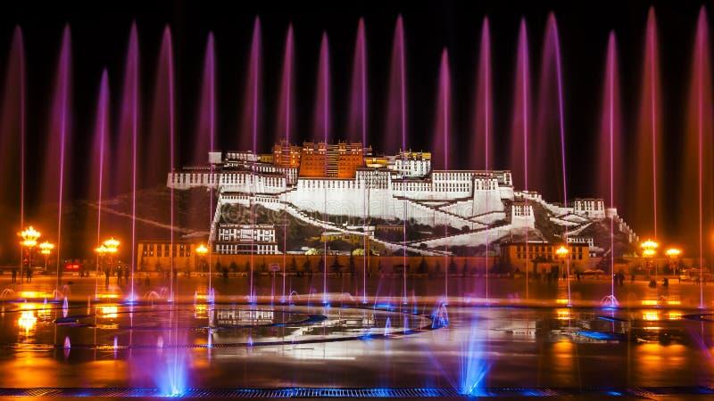 Majestätisches Potala-Palast lizenzfreie stockbilder