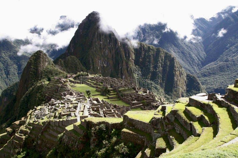 Majestätiska Machu Picchu som ses från det södra västra royaltyfri bild