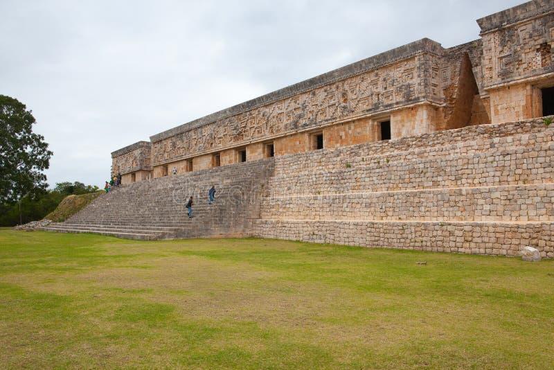 Majestätiskt fördärvar Mayastaden i Uxmal, Mexico arkivfoton
