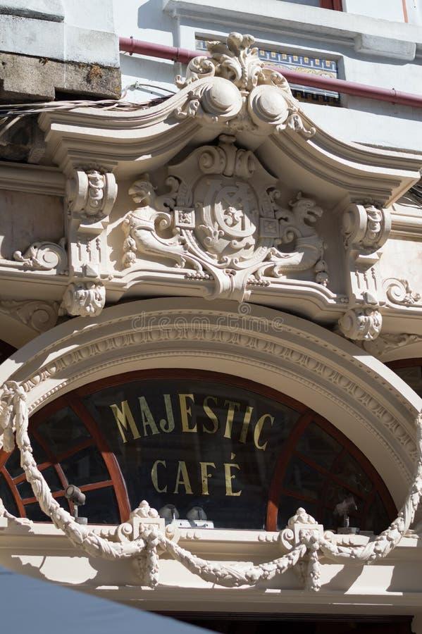 Majestätiskt kafé i Porto arkivbild