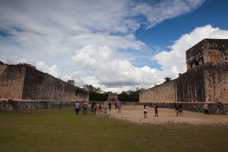 Majestätiskt Mayan fördärvar i Chichen Itza, Mexico royaltyfria foton