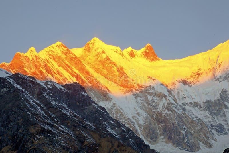 Annapurna pasmo himalaje obraz stock