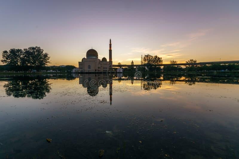 Majestatyczny widok jako ` salam meczet zdjęcia royalty free
