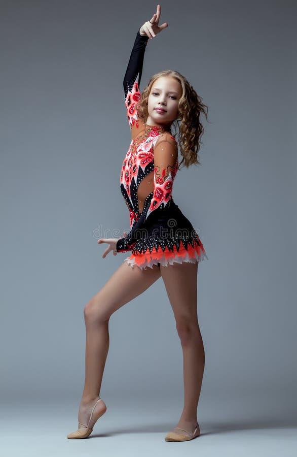Free Majestic Artistic Gymnast Posing In Studio Royalty Free Stock Photos - 35791988