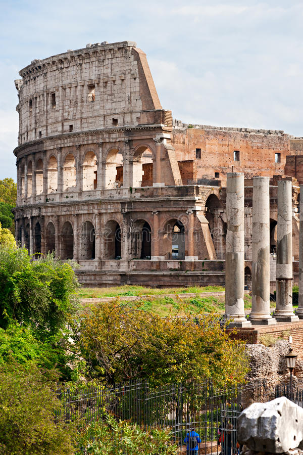 Download The Majestic Coliseum, Rome, Italy. Stock Photo - Image: 21744082