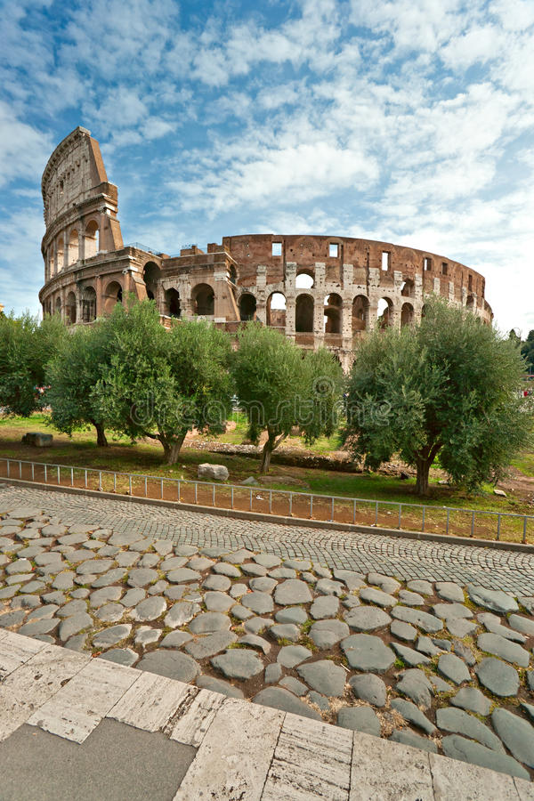 Download The Majestic Coliseum, Rome, Italy. Stock Photo - Image: 21744134