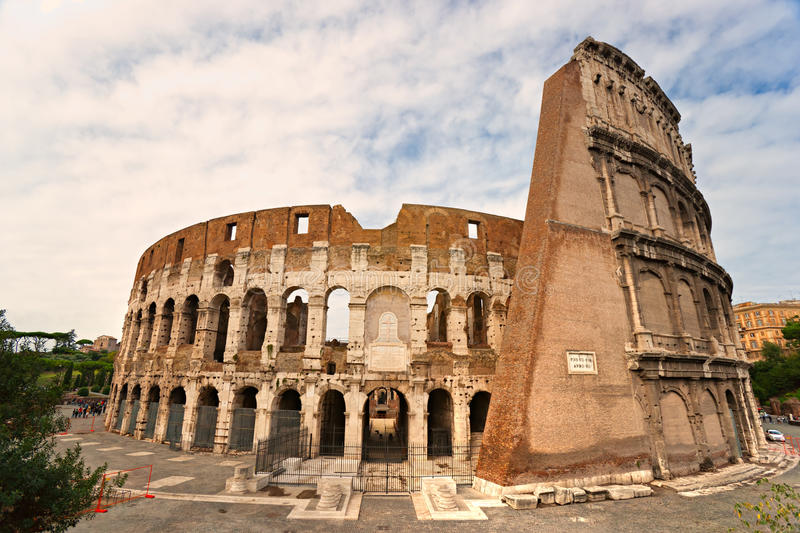 Download The Majestic Coliseum, Rome, Italy. Stock Photo - Image: 21837522