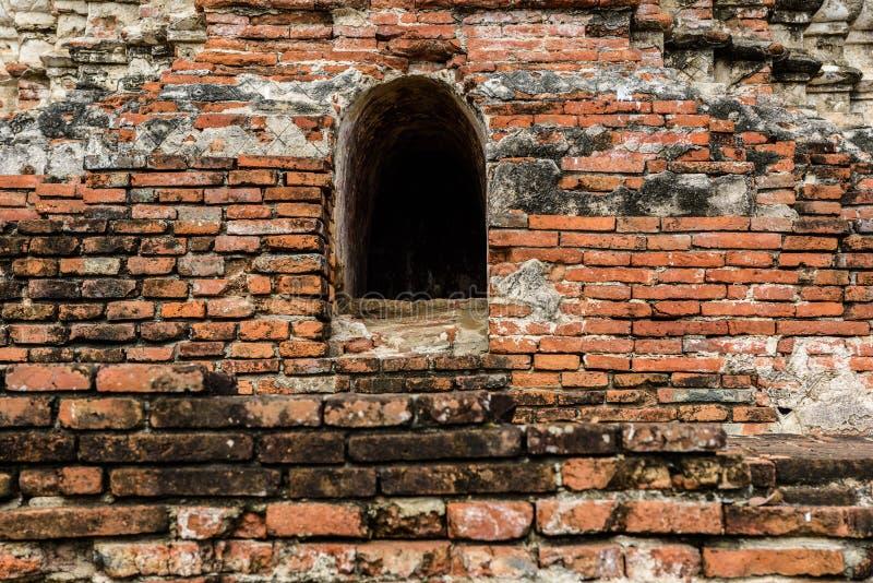 Majestic ruins of 1629 Wat Chai Watthanaram built by King Prasat Tong with its principal Prang (center) representing Mount. Majestic ruins of 1629 Wat Chai royalty free stock photography