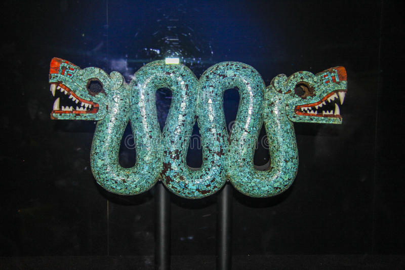 Majowie sztuki rzeźba smok zdjęcie stock