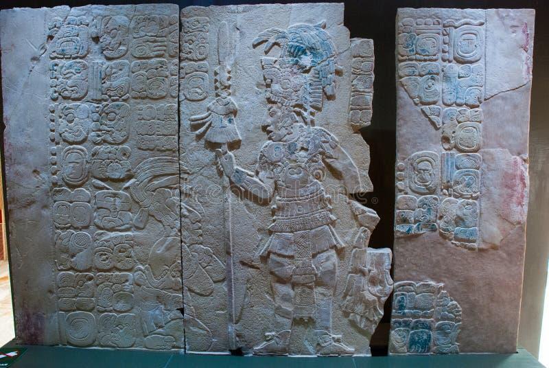 Majscy rysunki na kamieniu, antyczni bareliefy Ekspozycja muzeum archeologia Palenque Chiapas, Meksyk fotografia stock
