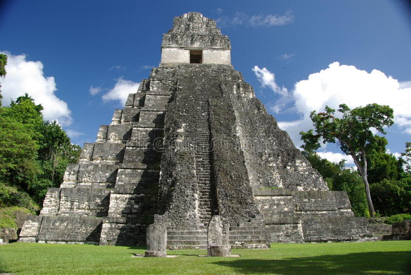 Majskie ruiny w Gwatemala obraz stock