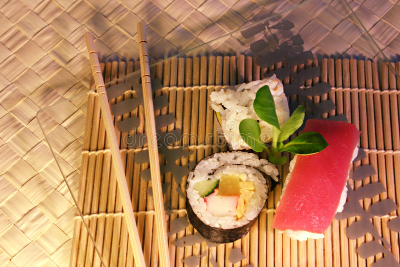 mak jedzenie sushi zdjęcia stock