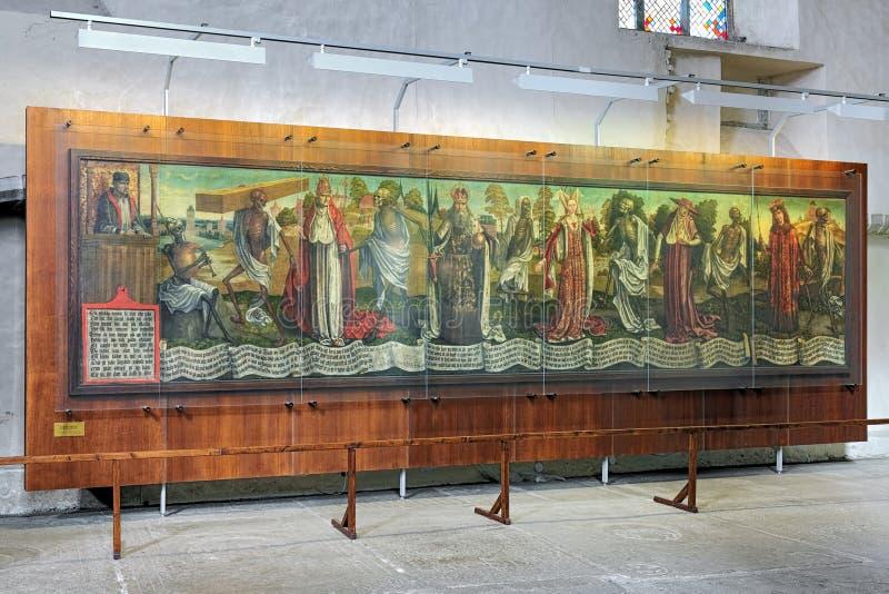 Makabere Totentanz Danse, eine spät-mittelalterliche Malerei in St. Nicholas Church von Tallinn stockfotos