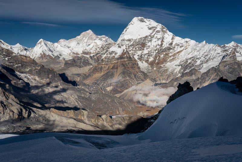 Makalu-Bergspitzeansicht von hohem Höchstlager Mera, Khumbu Regio lizenzfreie stockbilder