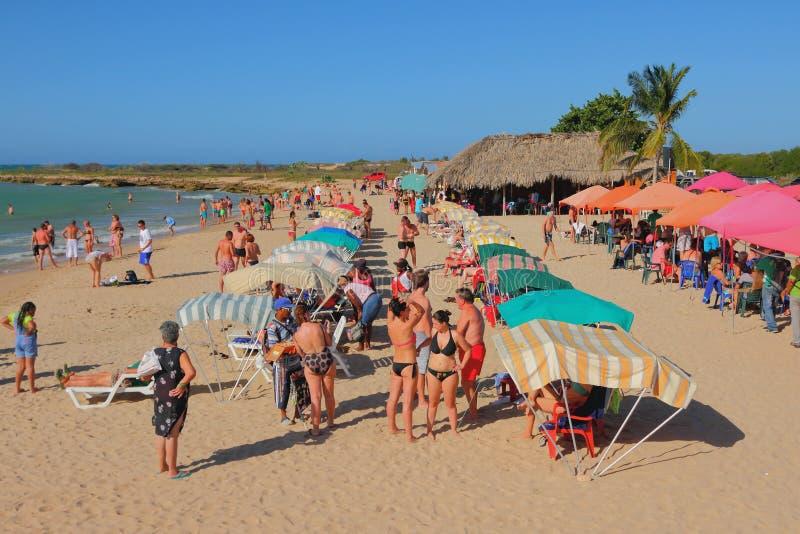 Makanao,海岛玛格丽塔,委内瑞拉- 2015年1月08日:Playa蓬塔阿雷纳斯 库存照片