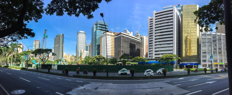 MAKATI FILIPINY, LIPIEC, - 19, 2015: Makati miasto, Manila Makati jest centrum finansowym zdjęcia stock