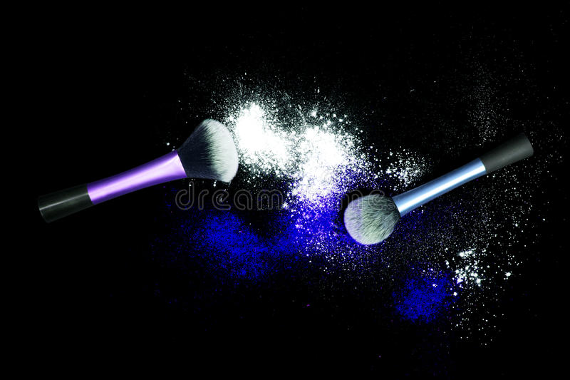 Download Make-up Brush With White Powder Spilled Glitter Dust On Black Background. Makeup Brush On New Year`s Party With Bright Colors. Stock Photo - Image: 83722385