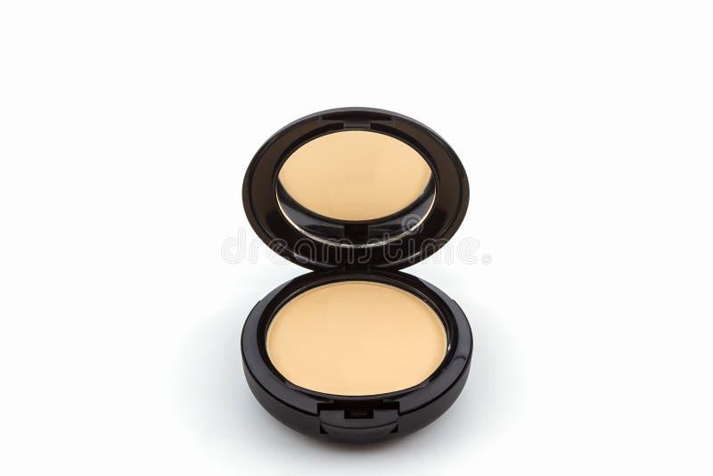 Make-up, Gesichtspuder im schwarzen Kasten stockfotos