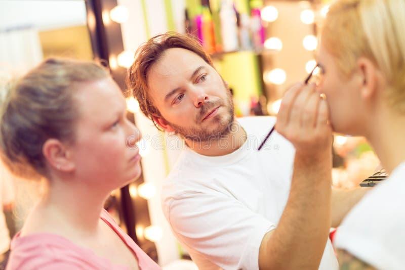 Make-upakademie stockbilder