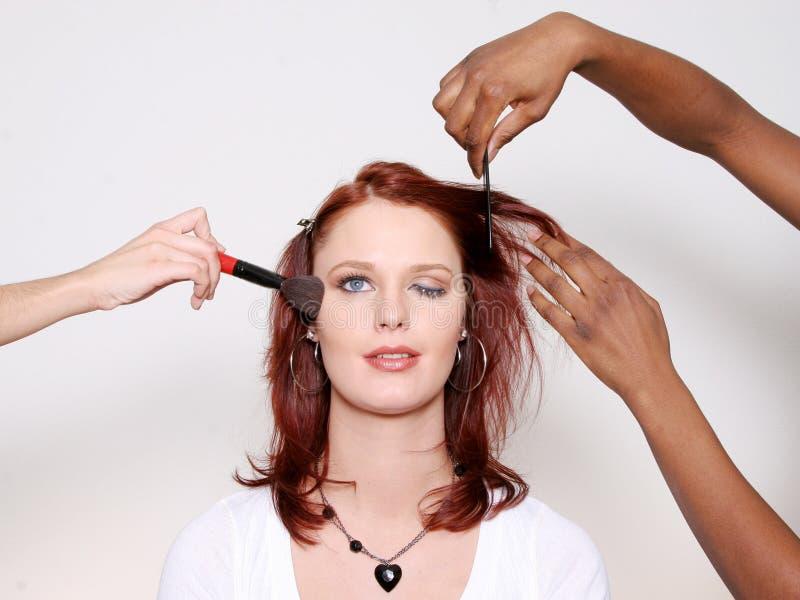 makeover som blinkar kvinnan fotografering för bildbyråer