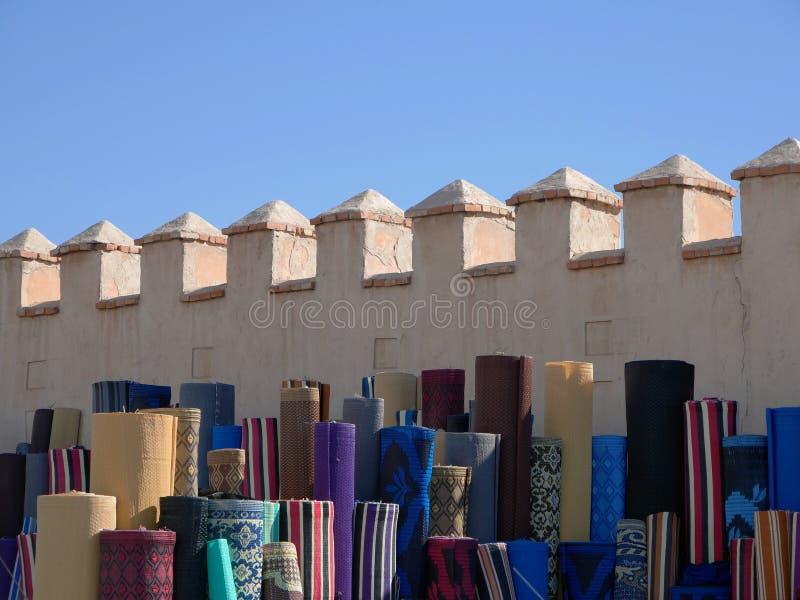 Maket con la alfombra en África fotos de archivo