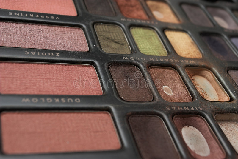 Download Makeup 12 στοκ εικόνες. εικόνα από σκιές, χρώμα, ακτινοβολήστε - 122818