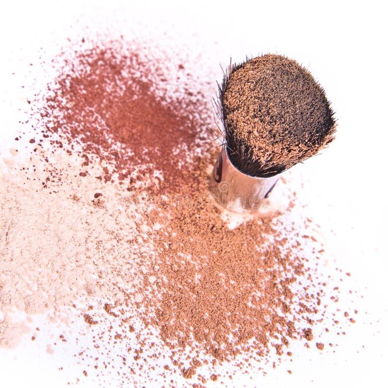 Free Makeup Brush And Powder Royalty Free Stock Photo - 13083905