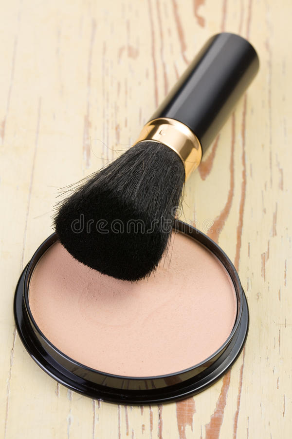 Download Makeup Brush And Cosmetic Powder Compact Stock Photo - Image: 17361526