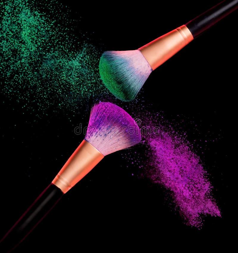 Free Makeup Brush Powder Explosion Stock Photos - 89456683