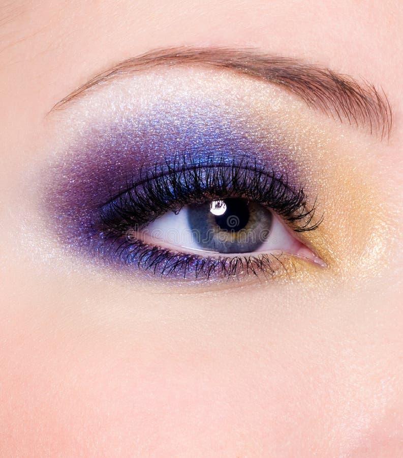 makeup för ögonmodekvinnlig arkivfoto