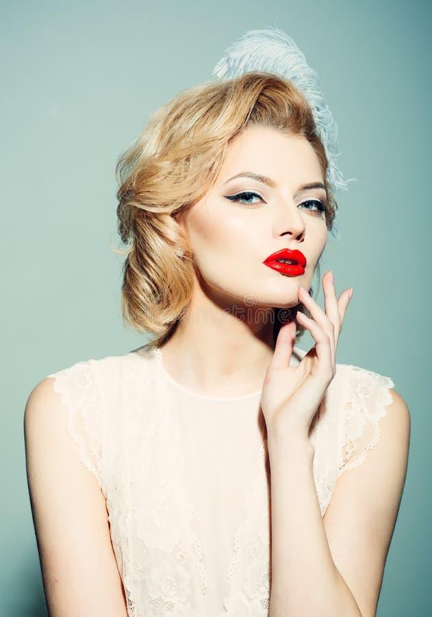 Makeup i kosmetyki, skincare, pinup kobieta obrazy stock