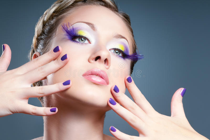 Makeup och manicure royaltyfria foton