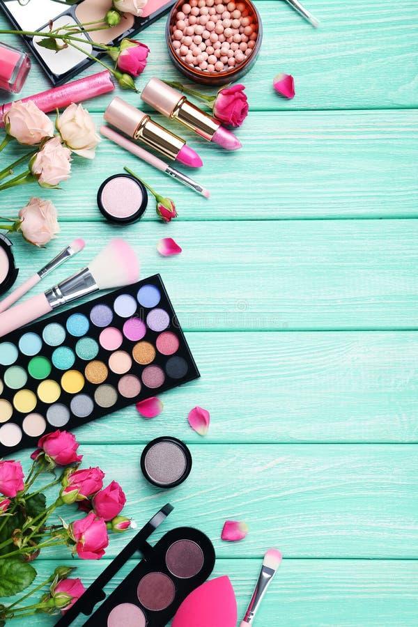 Makeupskönhetsmedel royaltyfri bild